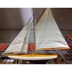 Maquette de bateau Voilier Pond Yacht